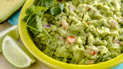 How to Keep Guac From Turning to Goop