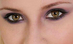 Eyeliner helps add a little dose of glam to a pedestrian makeup routine.