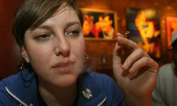 Using a nicotine inhaler can mimic the action of smoking.