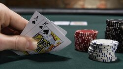 Study: Eye Movements Reflect Numerical Values in Blackjack Hands