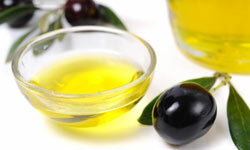 Olive oil may help deter cancer.