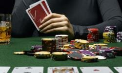 A compulsive gambler won't know when to hold 'em and when to fold 'em.