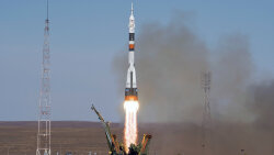 Space Community Vows to Bounce Back After Soyuz Mishap