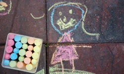 Your kids can be sidewalk chalk artistes!
