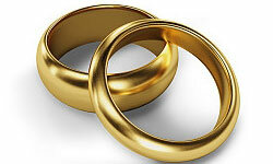 Jewish wedding rings are traditionally plain bands of gold.