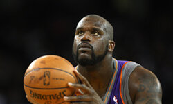 Shaq may not be able to shoot a free throw, but he can twitter with the best.