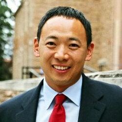 Ty Tashiro, relationship expert and author.