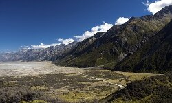 There's little light pollution to interfere with your star gazing in Mt. Cook National Park.