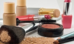 Foundations and color cosmetics can contain ingredients that prompt an allergic response for some users.