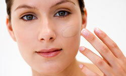 There are plenty of ways to hide any number of skin imperfections, including rosacea, hyperpigmentation, and more.