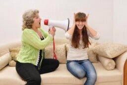 10 Bad Parenting Habits
