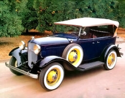 1932 Ford Models B and 18