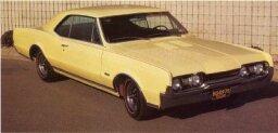 1967 Oldsmobile Cutlass 4-4-2 W-30