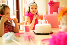 5 Fun Themed Birthday Parties for Girls