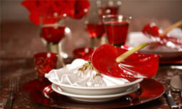5 Valentine's Day Table Settings