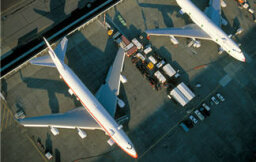 How are airplanes becoming greener?