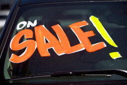 What's the best time of year to buy a used car?