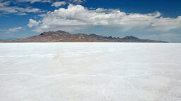 Insane Speed Records Are Broken at Bonneville Salt Flats