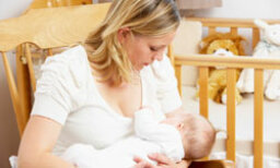 10 Things No One Tells You About Breast-feeding