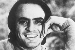 10 Cool Things About Carl Sagan