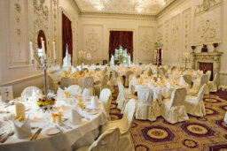 Your Cheat Sheet for Your Wedding Reception's Schedule of Events