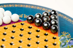 How Chinese Checkers Works