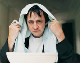 10 Remedies That Do Absolutely Nothing to Treat the Common Cold