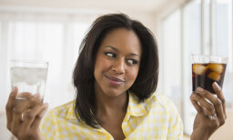 Is Drinking Diet Soda Bad for You? 5 Health Risks