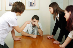 How to Deal With a Dishonest Coworker