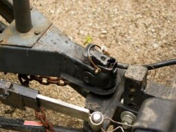 How Drop Hitch Receivers Work