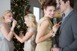 10 Tips for Hosting an Elegant Christmas Party