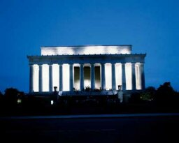 Family Vacations: Lincoln Memorial