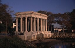 Family Vacations: Plymouth Rock