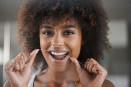 5 Reasons Why Flossing Is Extremely Important