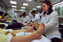 How can a foot rub help you recover from surgery?
