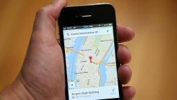 How Does Google Maps Predict Traffic?