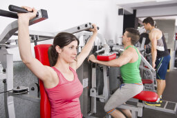 10 Rules of Gym Etiquette People Are Constantly Ignoring