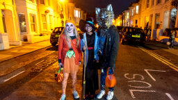 5 Halloween Costume Photo Op Ideas