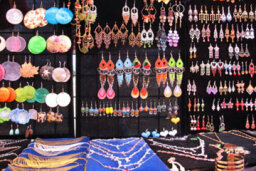 How to Host a Jewelry Show