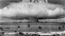 10 Iconic Photographs That Captured the World's Imagination