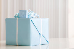 Why does Jewish law forbid gifts to an unborn child?