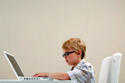 How to Choose a Kid-friendly Laptop Computer
