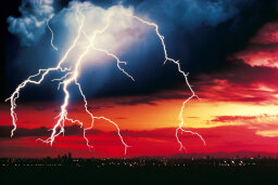 10 Myths About Lightning