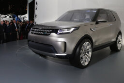 How the Land Rover Invisible Hood Works
