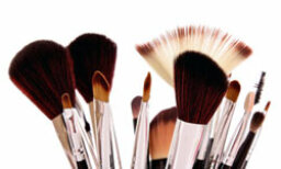 5 Must-have Tools for Your Makeup Kit