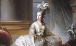 Why was Marie Antoinette's wedding dress so scandalous?