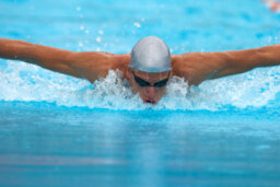 How Negative Split Swimming Works