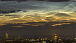 Ice Crystals Cause Beautiful Noctilucent Clouds