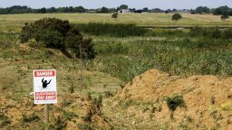Do People Still Die in Quicksand?