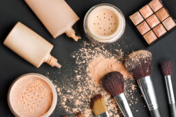 Powder vs. Liquid Makeup